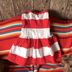Abercrombie & Fitch strapless dress. Red&white. M.